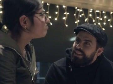 El Barça cumple el sueño de una joven refugiada siria en su inspiradora campaña de Navidad
