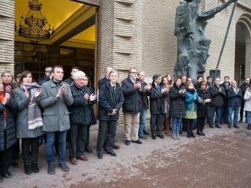 Minuto de silencio en homenaje a Víctor Láinez en Zaragoza