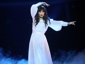 Una angelical Soraya Arnelas deja anonadado al público entonando 'Wuthering heights' de Kate Bush