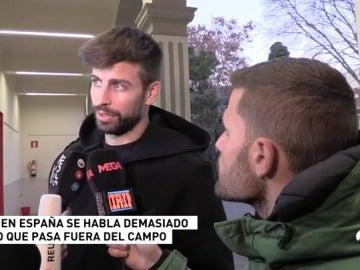 """Piqué, 'maestro' de periodistas: """"La prensa de hoy en día cada vez va a peor"""""""