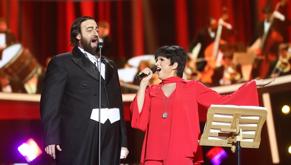 Lucía Jiménez y Edu Soto nos hacen viajar hasta 'New York, New York' como Liza Minnelli y Pavarotti