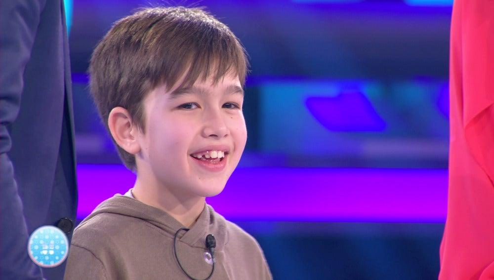 Nicolás, el niño que quiere ganar en premio de '¡Ahora Caigo!' para pagar su hipoteca