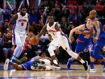 Reggie Jackson, en acción ante los Knicks