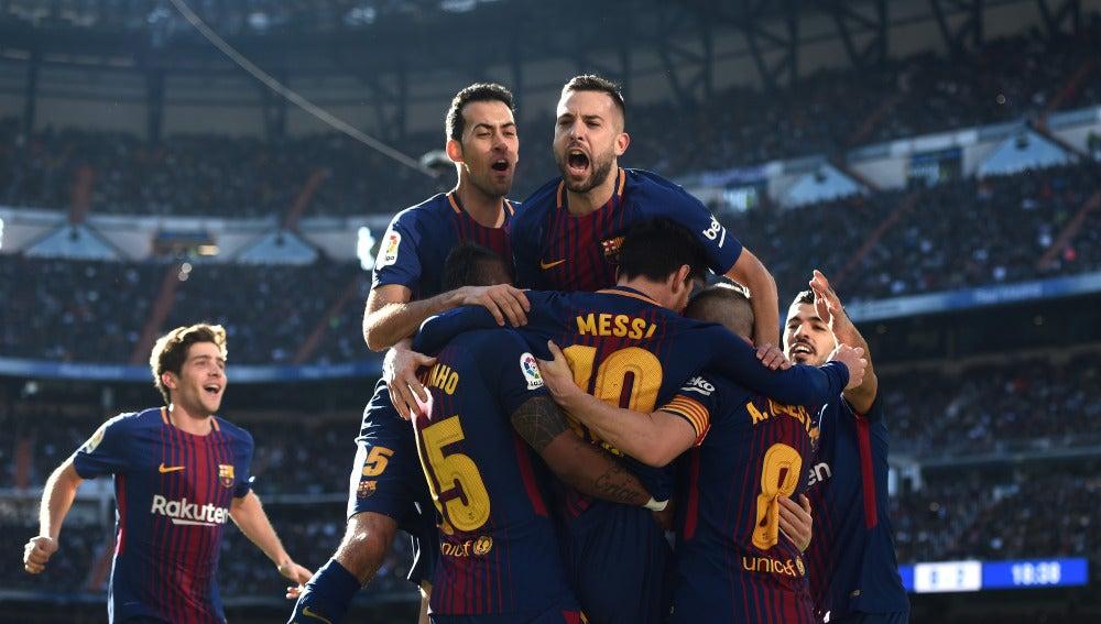 El Barcelona celebrando el segundo gol
