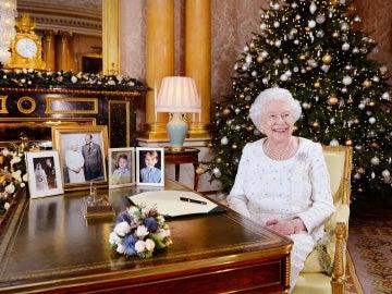 La Reina Isabel II durante el discurso