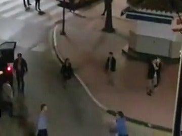 Un choque entre un turismo y un taxista, en Málaga, acaba en una pelea multitudinaria