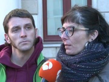 Detienen a los dos concejales de la CUP acusados de un presunto delito de incitación al odio hacia la Policía