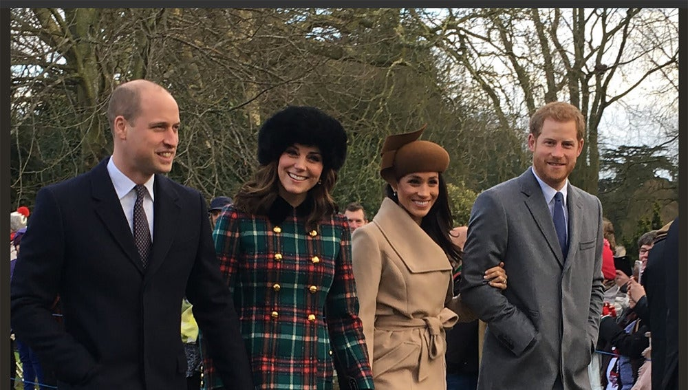Los Duques de Cambridge junto al príncipe Harry y Meghan Markle