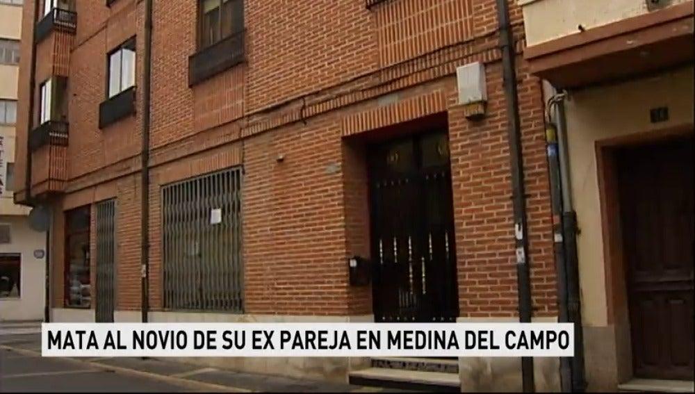 Fallece un hombre tras ser apuñalado por la expareja de su novia en la localidad vallisoletana de Medina del Campo