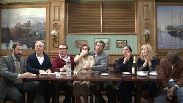Los protagonistas de 'Amar es para siempre' se enfrentan al imposible y divertido test de Navidad