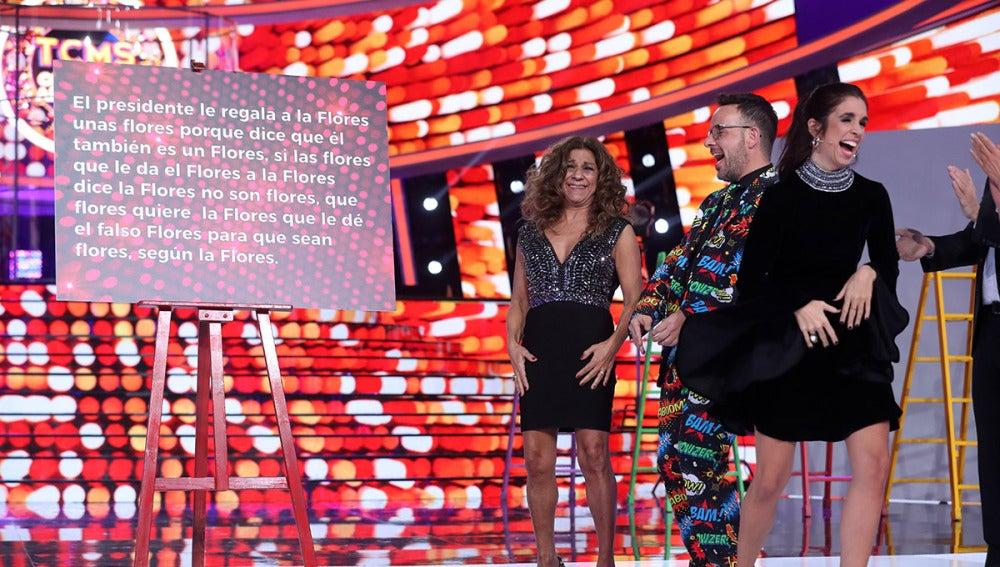 Lolita y su hija Elena Furiase se atreven con los trabalenguas en el 'Concierto de Año Nuevo' de 'Tu cara me suena'