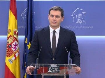 Rivera pacta con Rajoy una bajada de impuestos en el IRPF a nivel nacional para 2018