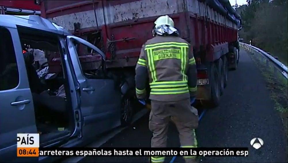 Al menos 23 han muerto en las carreteras españolas durante la primera semana de la campaña de Navidad