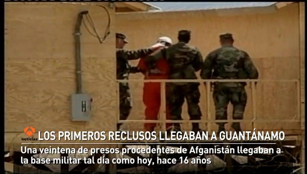 Los primeros reclusos llegaban a Guantánamo hace 16 años