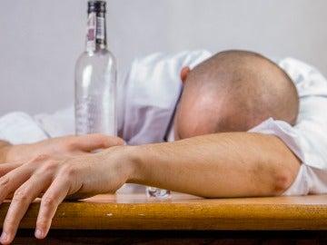 Hay señales alarmantes en relación con el alcohol.
