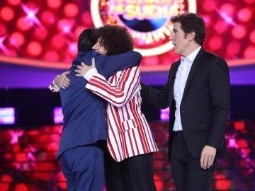 Miquel Fernández triunfa de nuevo y cede su premio a La Terremoto de Alcorcón en la decimotercera gala de 'Tu cara me suena'