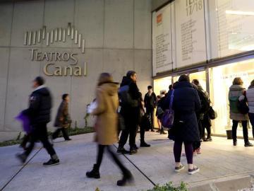 Expectación en los Teatros de Canal ante la obra 'Monte Olimpo'
