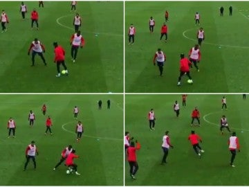 Gran caño de Neymar durante el entrenamiento