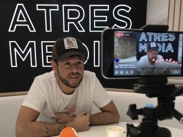 Pablo López durante un Facebook Live con Antena 3