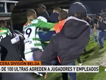 Invasión ultra en un partido de tercera división en Bélgica