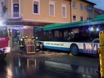 Un accidente de un autobús escolar deja al menos 48 heridos en Alemania