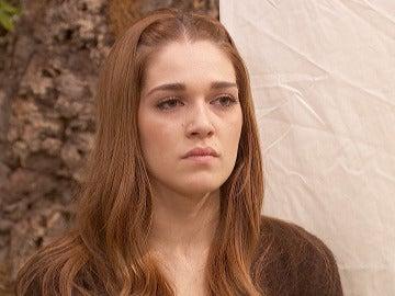 Francisca siembra la culpabilidad en Julieta