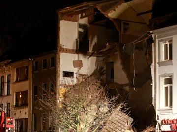 Imagen del edificio afectado por la explosión en Amberes