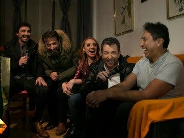Pablo Motos entra en casa de un fan de 'El Hormiguero 3.0' en directo para regalarle 3.000 euros