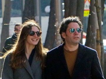 María Valverde y Gustavo Dudamel por las calles de Madrid