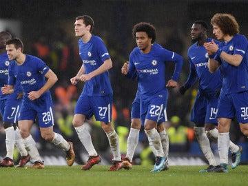Los jugadores del Chelsea celebran la victoria