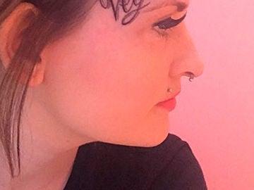 Kate Bullen y su tatuaje