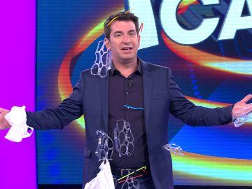 Arturo Valls contra la contaminación en '¡Ahora Caigo!'.