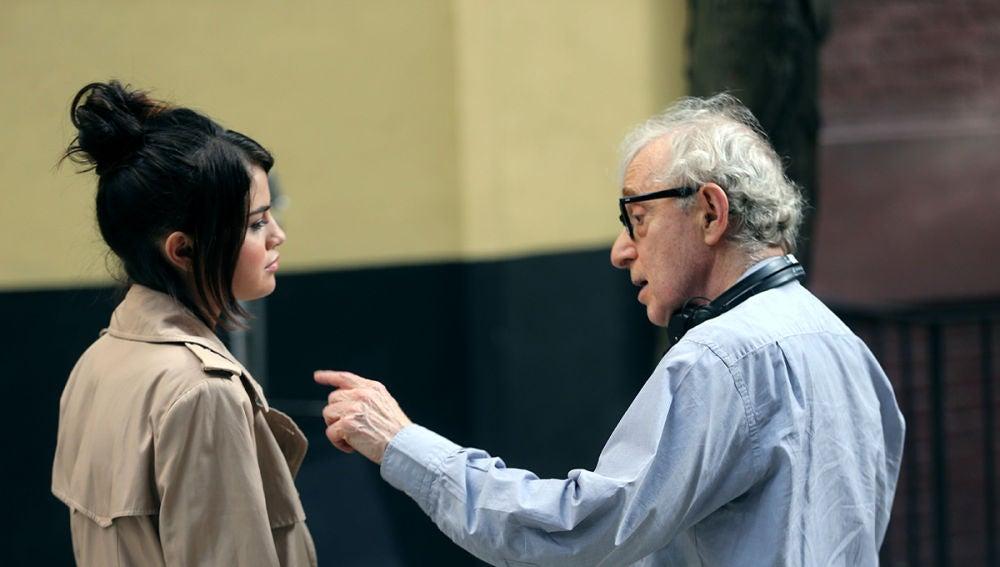 Selena Gomez junto a Woody Allen