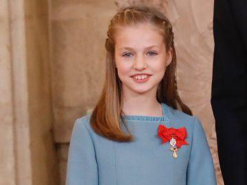 La Princesa de Asturias con el Toisón de Oro