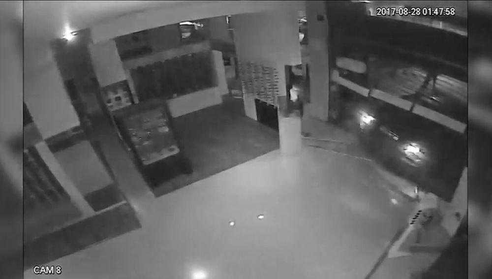 Detenida una banda que asaltaba establecimientos en centros comerciales