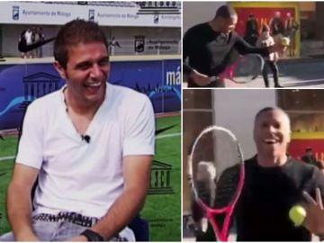 Baptista enseña a Joaquín a jugar al tenis