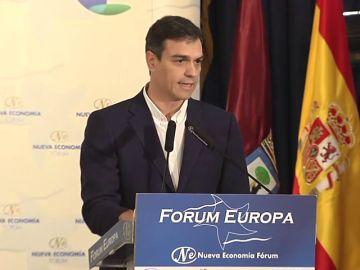 """Pedro Sánchez exige a Mariano Rajoy un """"horizonte de salida"""" a la crisis catalana"""