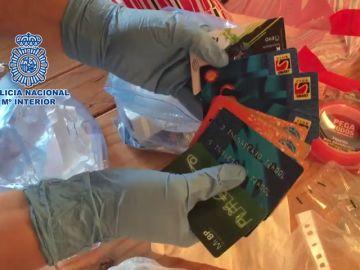 Detenidos dos expertos en clonado de tarjetas en cajeros automáticos