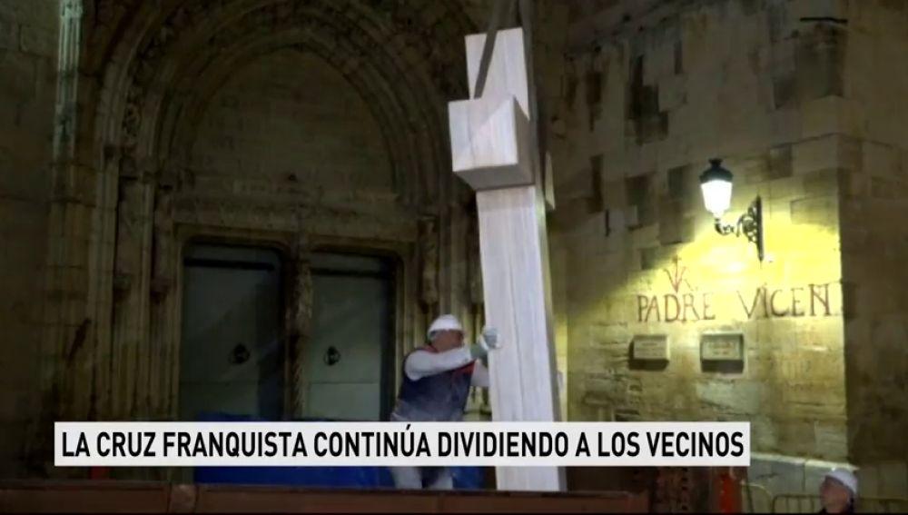 Los defensores de la cruz de Callosa de la Cruz están dispuestos a sufragar su recolocación