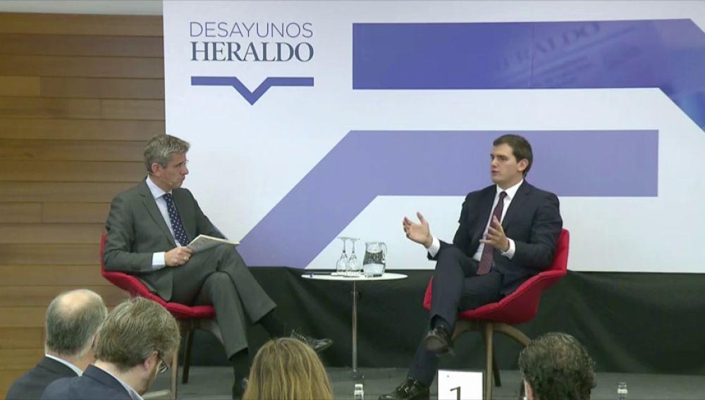 """Rivera culpa a la """"maldita ley electoral"""" de la situación en Cataluña porque con una reforma ellos podrían intentar formar gobierno"""