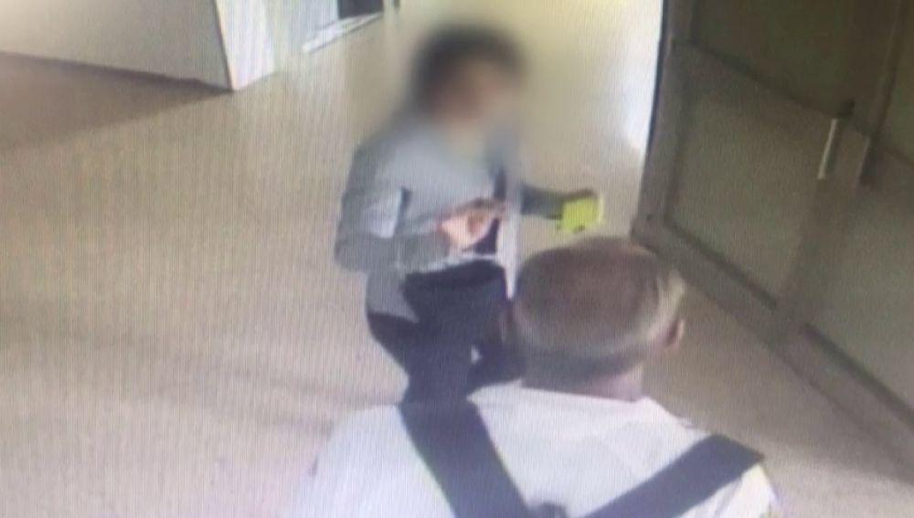 """Una mujer detenida por robar a ancianos con el método de """"el abrazo cariñoso"""""""