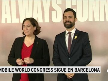 Torrent y Colau presentan el Mobile World Congress después de que la organización pida un entorno estable