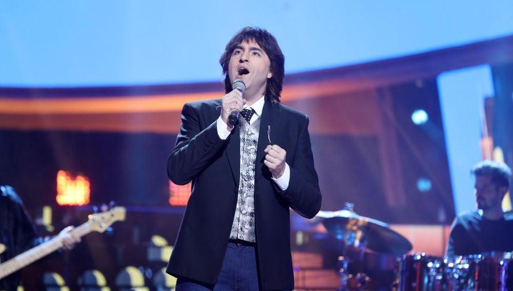 Raúl Pérez se pone romántico para 'Bailar pegados' como Sergio Dalma