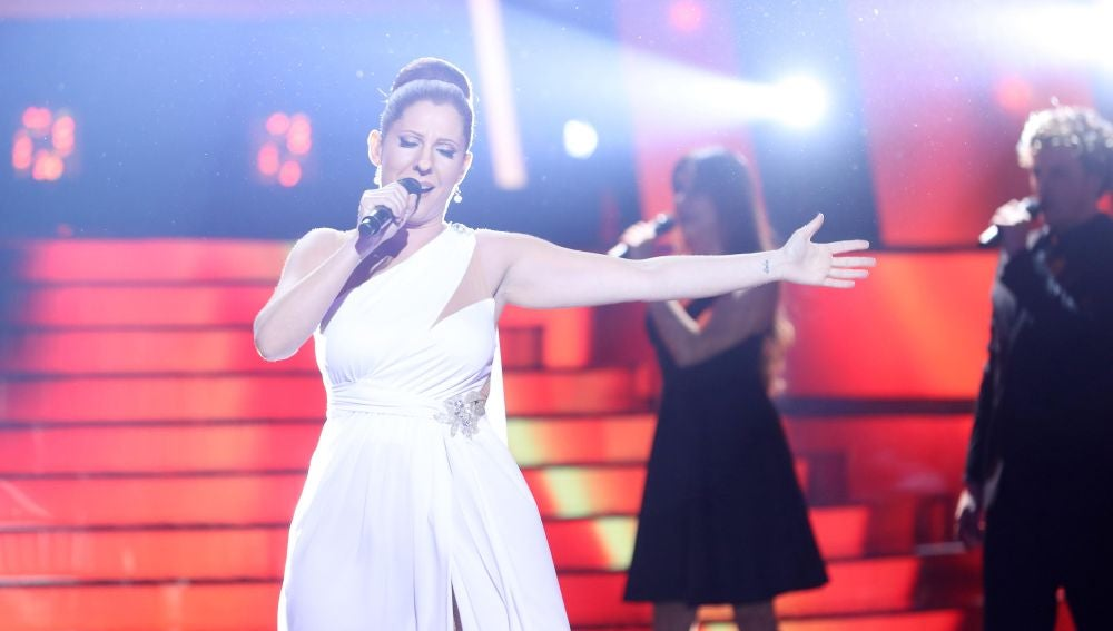 Diana Navarro nos deja sin aliento con su versión del tema 'Quédate conmigo' de Pastora Soler