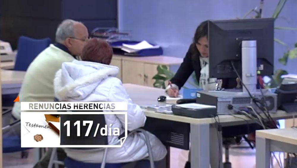 Miles de españoles renuncian a la herencia por los impuestos