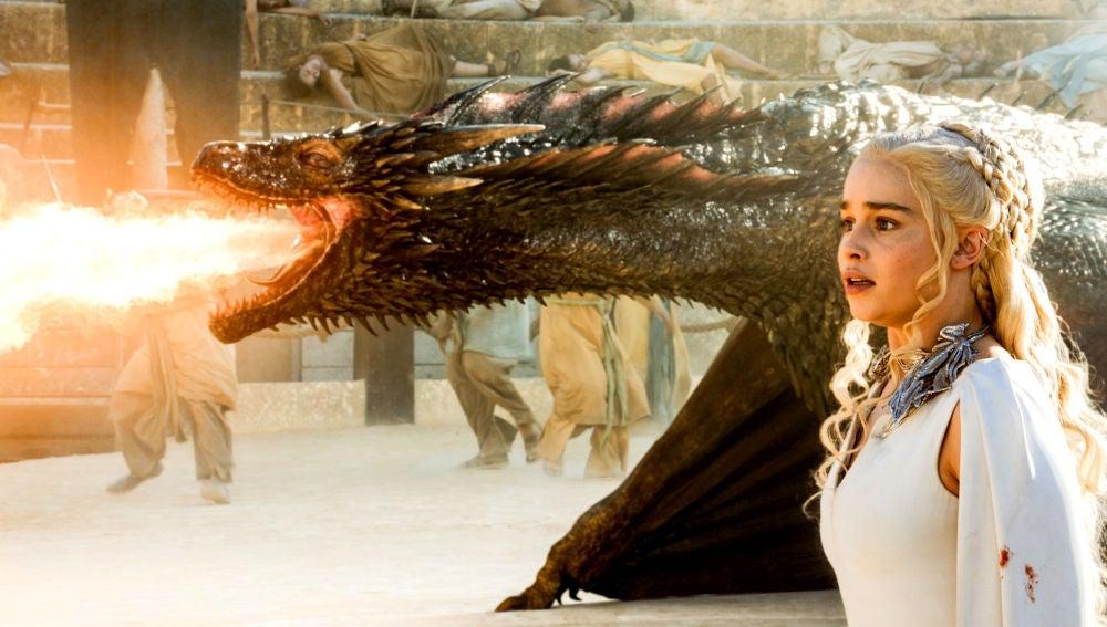 El detalle del dragón muerto de 'Juego de Tronos' que fue creado gracias a  unos fans borrachos