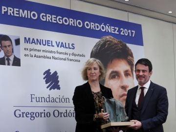 El exprimer ministro de Francia Manuel Valls recibe el Premio Gregorio Ordóñez