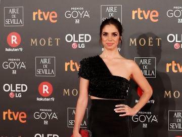 Elena Furiase, espectacular con este diseño negro