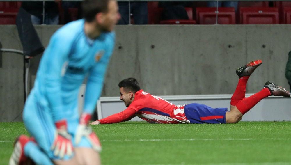 Correa celebra un gol con el Atlético