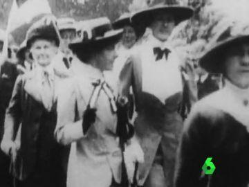 100 años uno de los hitos feministas en Europa: las sufragistas británicas logran el derecho de voto de las mujeres